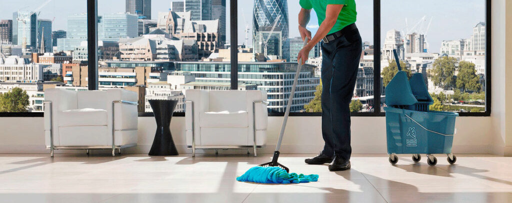 Read more about the article 5 reasons why you need professional office cleaning